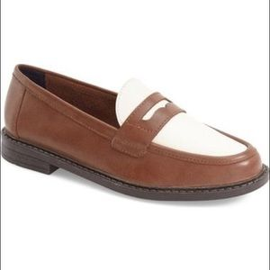 *GUC* Cole Haas Women Pinch Penny Loafer 6.5 Wide